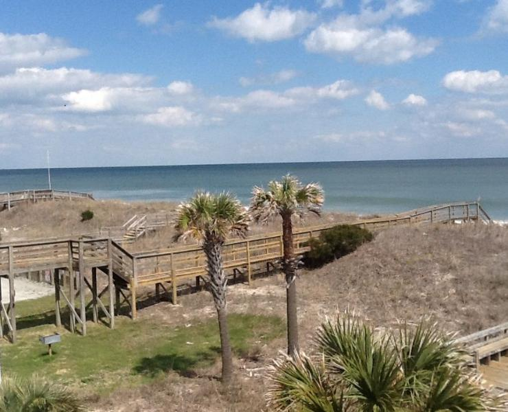 La Casita-Oceanfront Condo - Image 1 - Carolina Beach - rentals