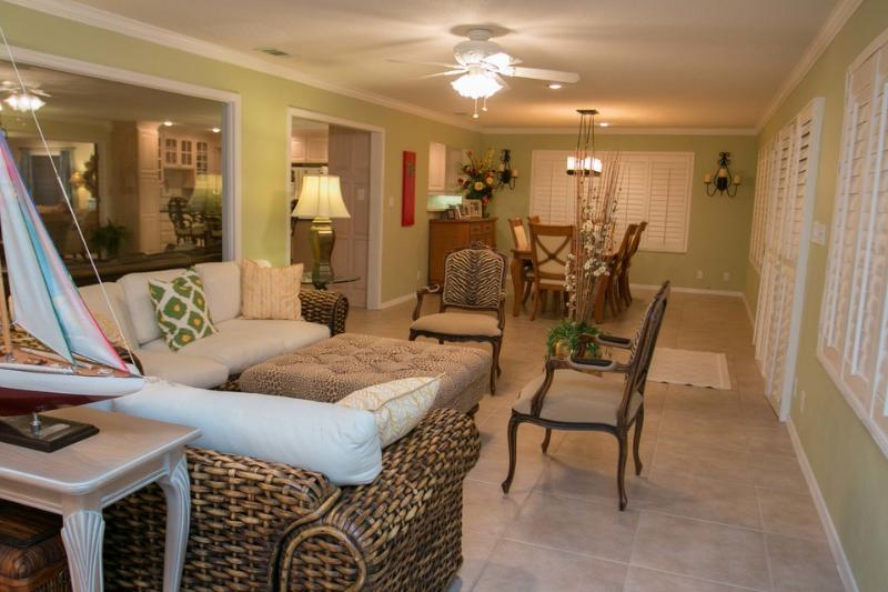Living Room - River House - Race Week Specials - River Front Home #700 - Vansant - rentals