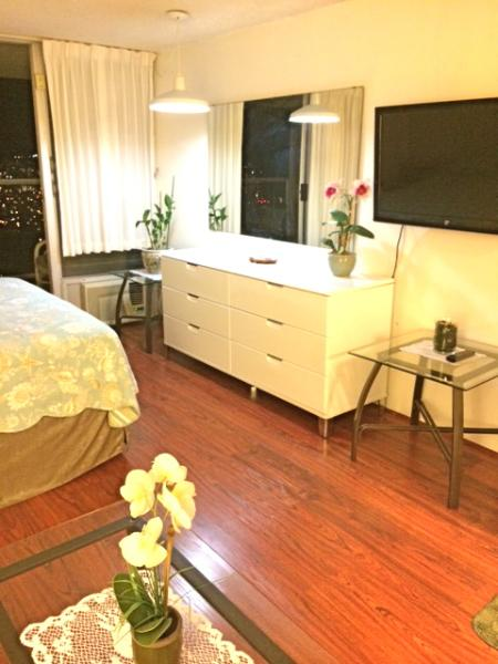 4406 main studio room - Penthouse Ocean View Studio 4406,  44th floor! - Honolulu - rentals