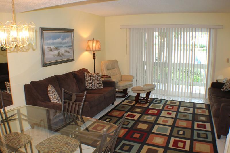Ocean/Pool View Condo at Four Winds, Flat Screens - Image 1 - Saint Augustine - rentals