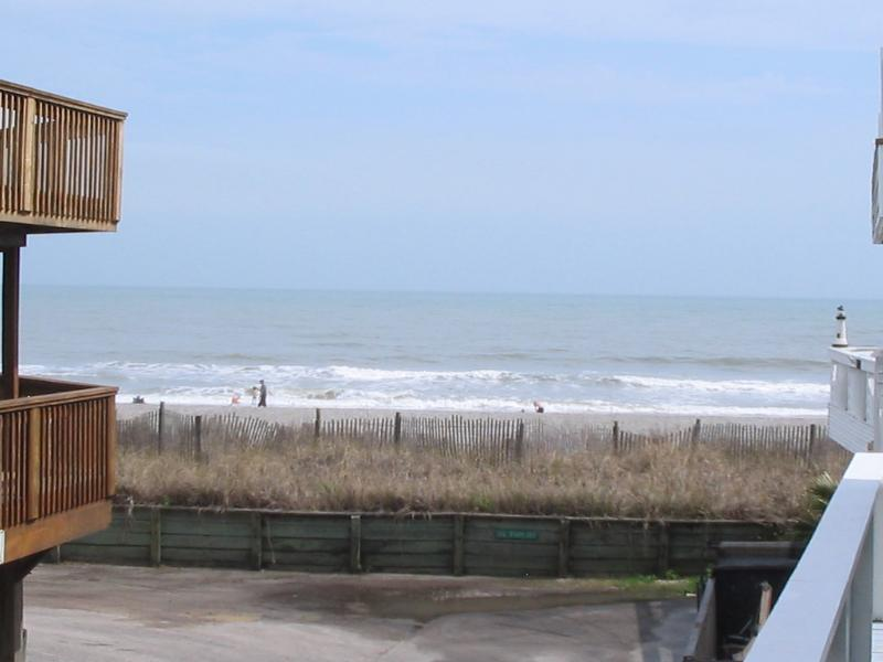 60 ft to beach - Gorgeous 60 Ft to Beach 5bd/3BA 4 Deck Beachhouse - Myrtle Beach - rentals