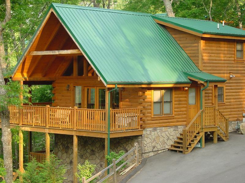 Cabin View - MOUNTAIN GETAWAY- Million Dollar View 5 Star Cabin - Gatlinburg - rentals