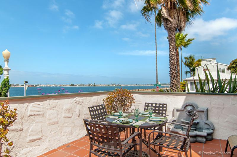 Front patio overlooking the bay - MAGNIFICENT CASA RIVIERA- BAY VIEWS - San Diego - rentals
