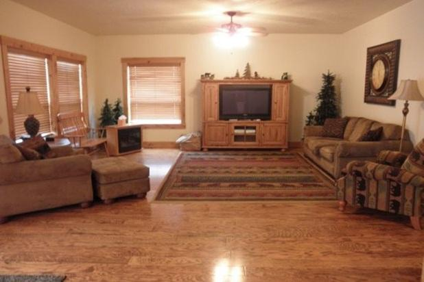 Bear Country Living - Bear Country - Hot Tub, on McCall Golf Course - McCall - rentals