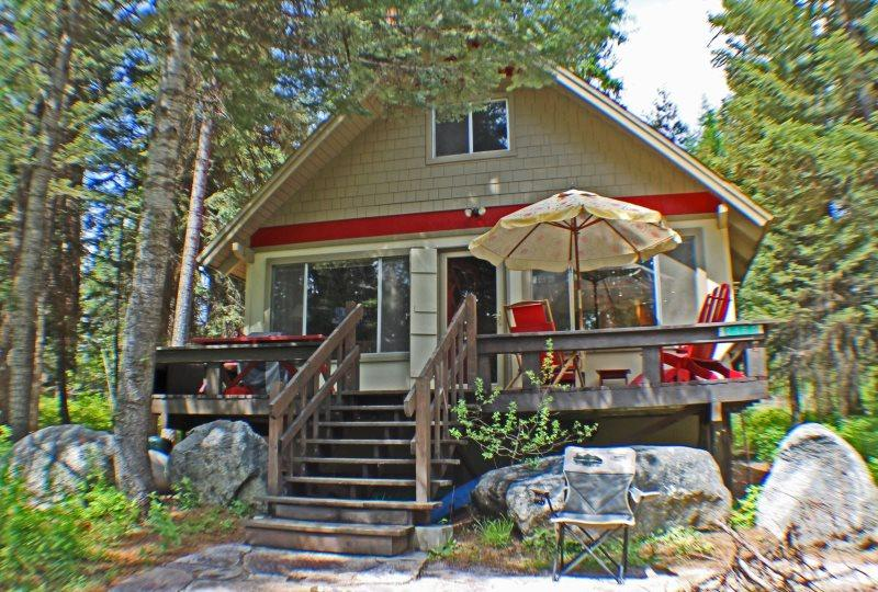 Huckleberry Haven Payette Lake - Uncle Buck`s Huckleberry Haven - McCall - rentals