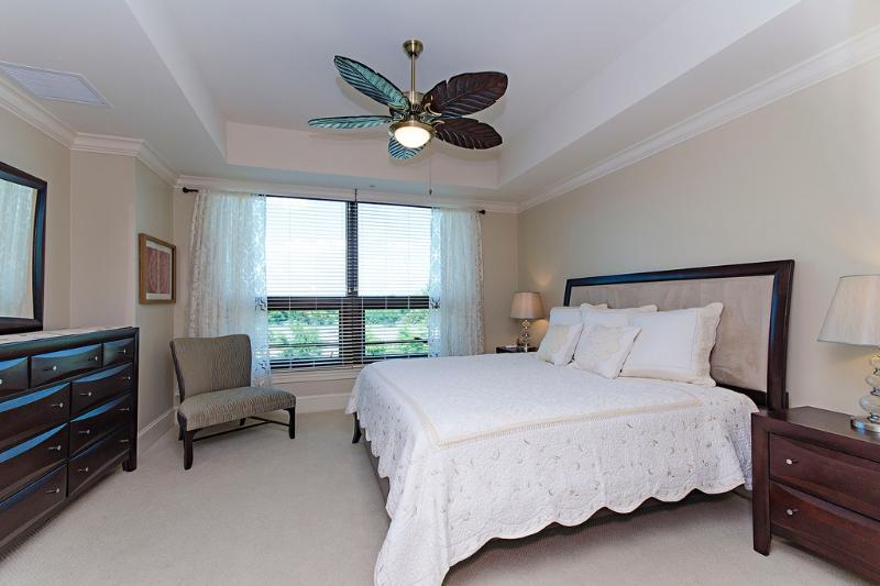 Luxury-Upscale Contemporary Condo North Naples, FL - Image 1 - Naples - rentals
