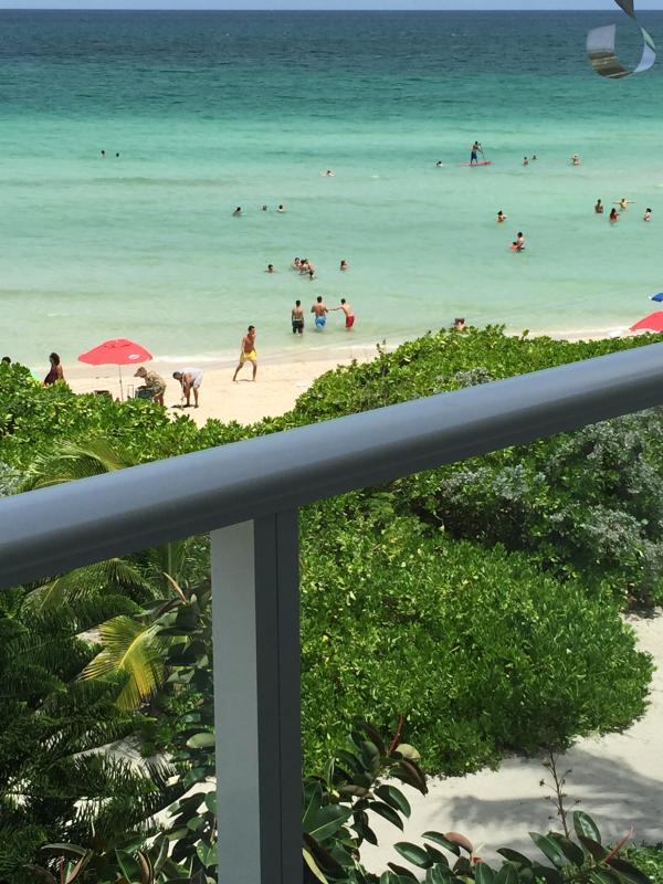 Exceptional beach view, from your balcony - Luxurious Miami Beach Oceanfront suite, sleeps 6 - Miami Beach - rentals