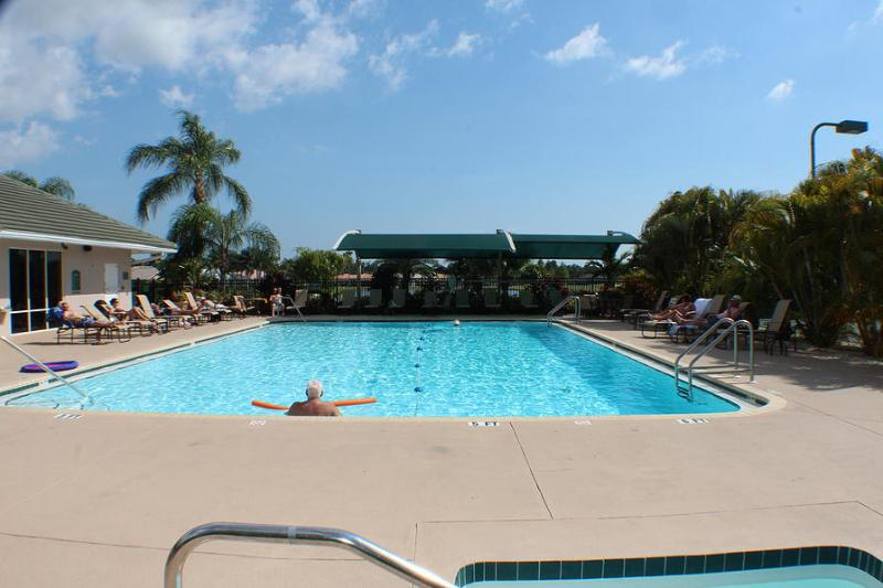 Pool, Hot Tub and Gym. - Tara Condo - Bradenton - rentals