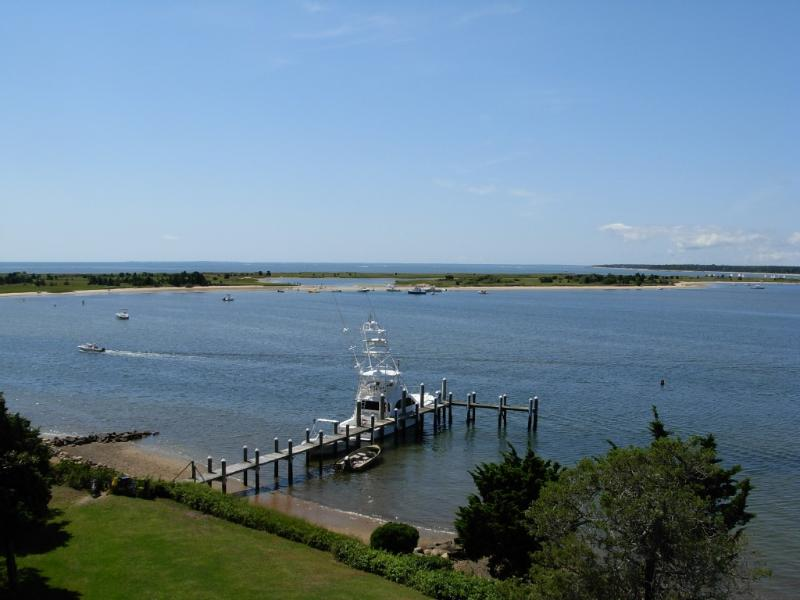 Best Location in Oyster Harbors on Prvt.Beachfront - Image 1 - Barnstable - rentals