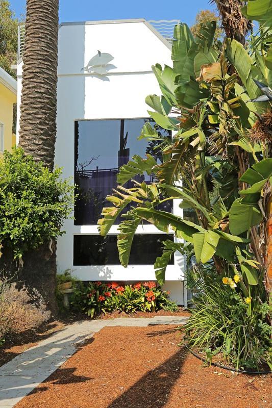 Beach & Garden Retreat - Image 1 - Venice Beach - rentals