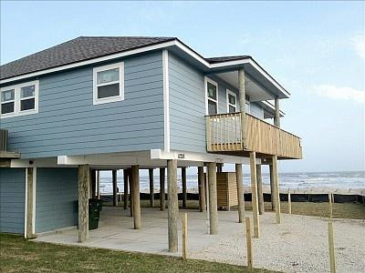Closest beach community to Moody Gardens! Sea Dust - Image 1 - Galveston - rentals