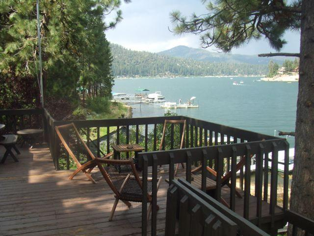 Lakefront Fisherman's Paradise - Huge Private Dock - Image 1 - Big Bear Lake - rentals
