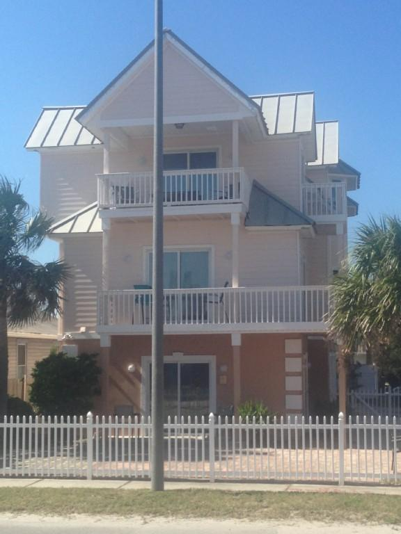 Townhouse w/spectacular view!  Across from beach! - Image 1 - Jacksonville Beach - rentals