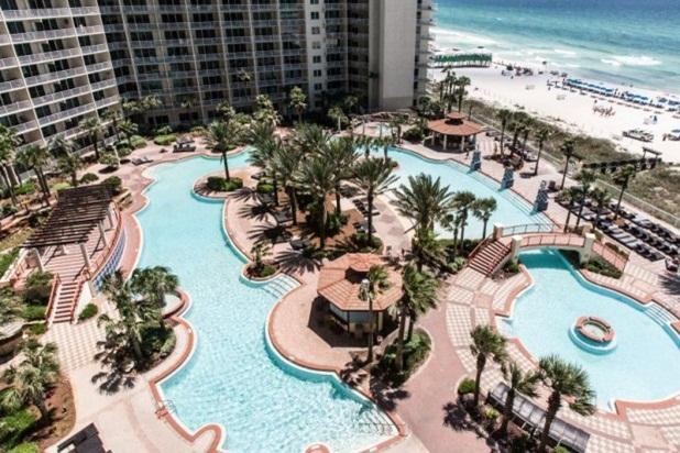 "The Largest Resort Pool in the Southern U.S. found - ""The Captain's Cabin""  Great View. - Panama City Beach - rentals"