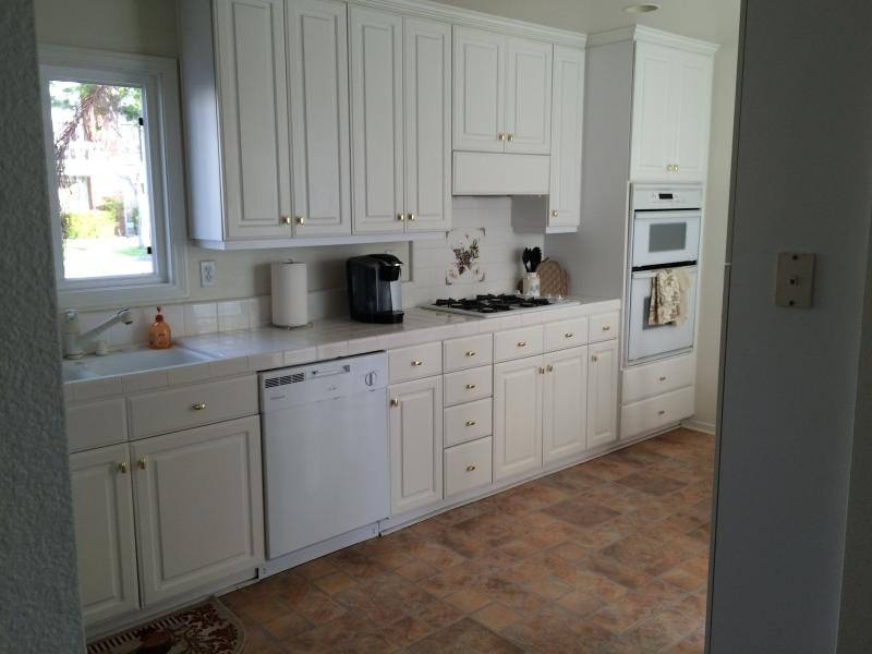 Fully equipped kitchen with dishes, silverware, bowls, and cooking utensils. - Only 5 short blocks to the sand!!! - Huntington Beach - rentals