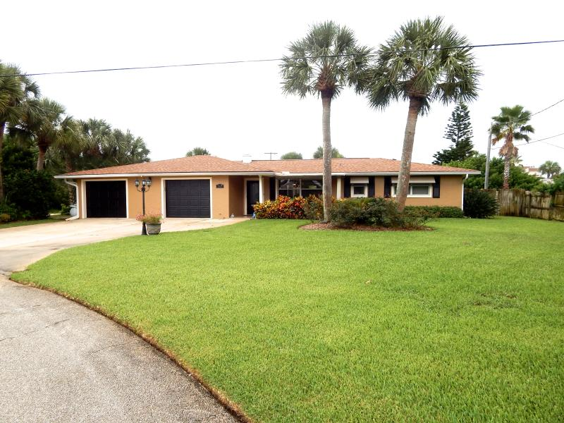 Main House - Front - Beautiful Ormond  By The Sea, Pool Home & Guest House - Ormond Beach - rentals