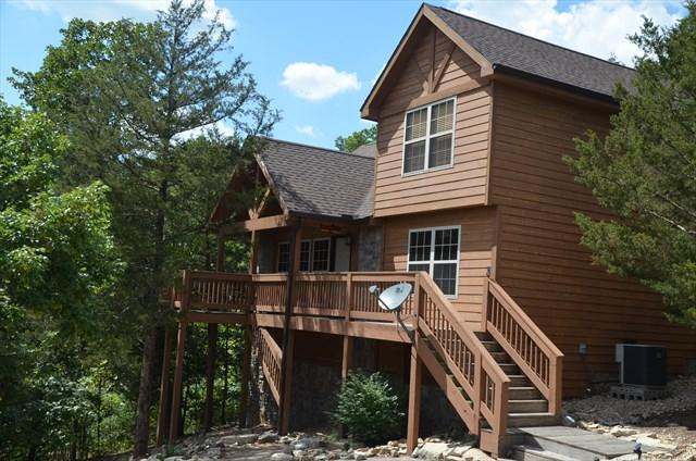 Wonderful private 2 bedroom cabin - Open, airy 2 bed  lodge near Silver Dollar City - Reeds Spring - rentals