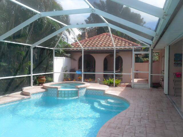 Pool , Jacuzzi, Tiki Hut with Grill & dart board - Welcome to St Lucie ! - Fort Pierce - rentals