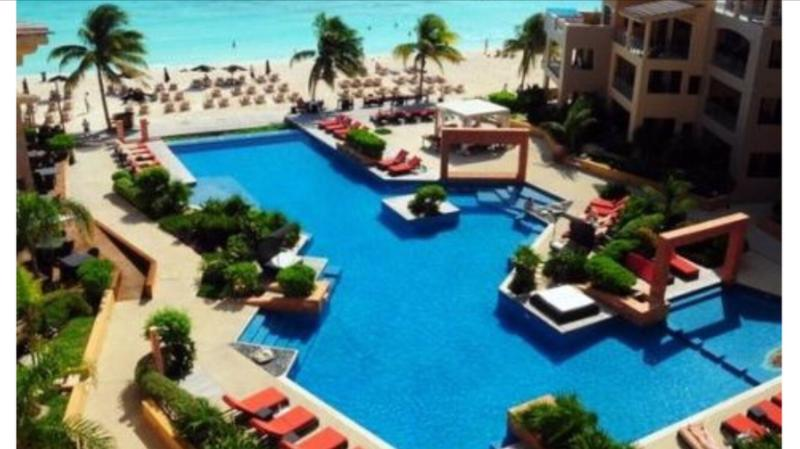 Beautiful 2 BDR appartment in Playa downtown - Image 1 - Playa del Carmen - rentals