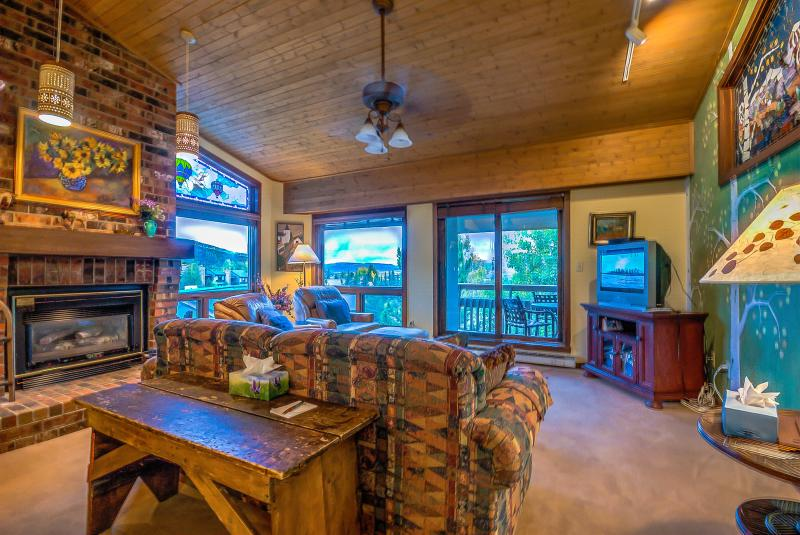 Steps Away from the Gondola! - Image 1 - Steamboat Springs - rentals