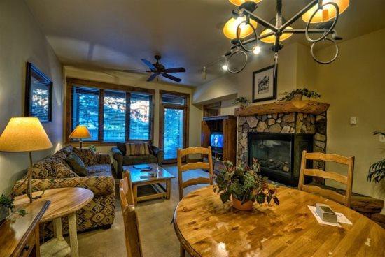 Best Amenities in Town! - Image 1 - Steamboat Springs - rentals