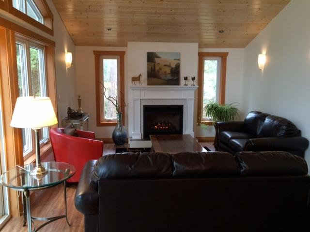 Relax in front of the cozy fireplace  - A Dream Come True Treetop Suite - Roberts Creek - rentals