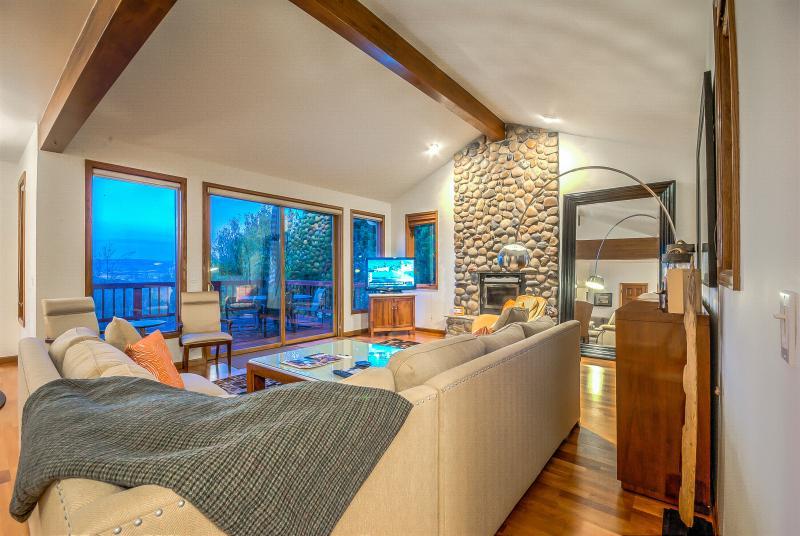 Fantastic Luxury Ski House. - Image 1 - Steamboat Springs - rentals