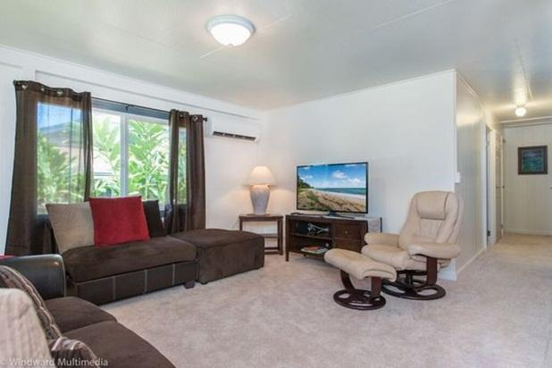 Beachside Blue - Last Minute Special - Image 1 - Hauula - rentals