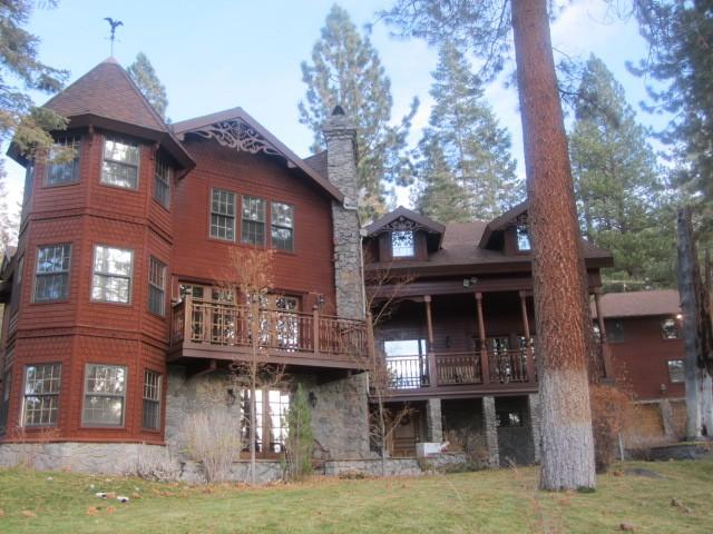 The front of the house - Lake Tahoe Luxury Mansion Near Heavenly - South Lake Tahoe - rentals