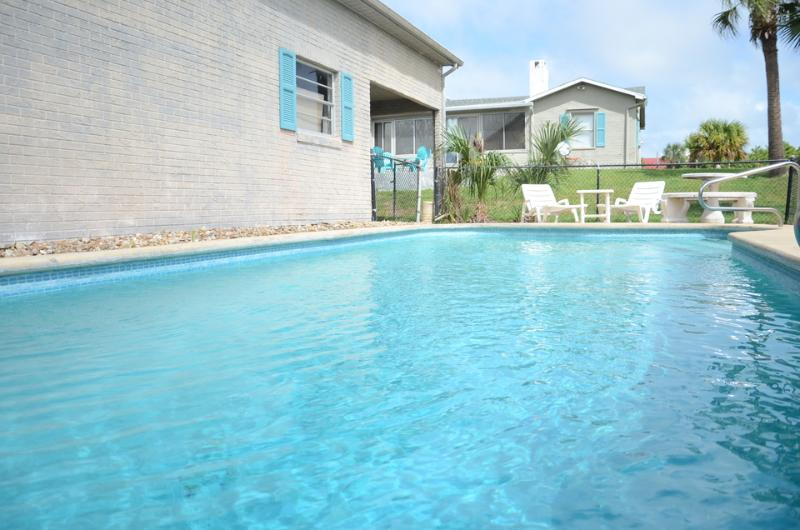 Summer Specials - Across From Ocean Home #2836 - 3Bed/2Bath With Pool & RV Port - Image 1 - Daytona Beach - rentals