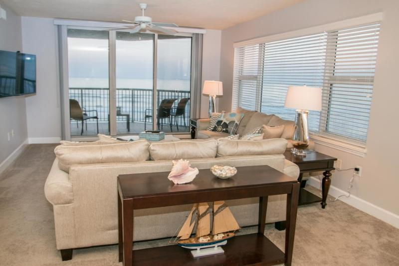 JUNE/JULY $PECIALS - TWIN TOWERS CONDOMINIUM- OCEANFRONT- 3BR/3BA - #504 - Image 1 - Daytona Beach - rentals