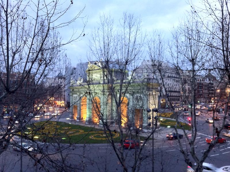 Puerta Alcala - Retiro 5200 sq.f. - Image 1 - Madrid - rentals
