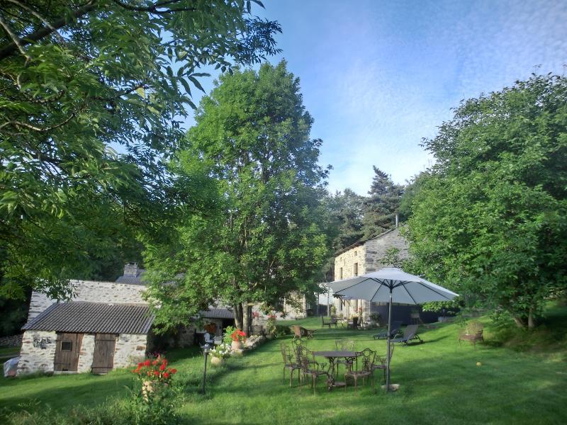La maison des Chazes, charming house in Auvergne - Image 1 - Saint-Hostien - rentals