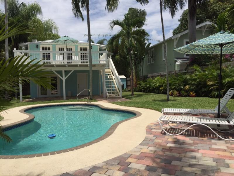The Blue Pearl Vacation Cottage - Image 1 - West Palm Beach - rentals
