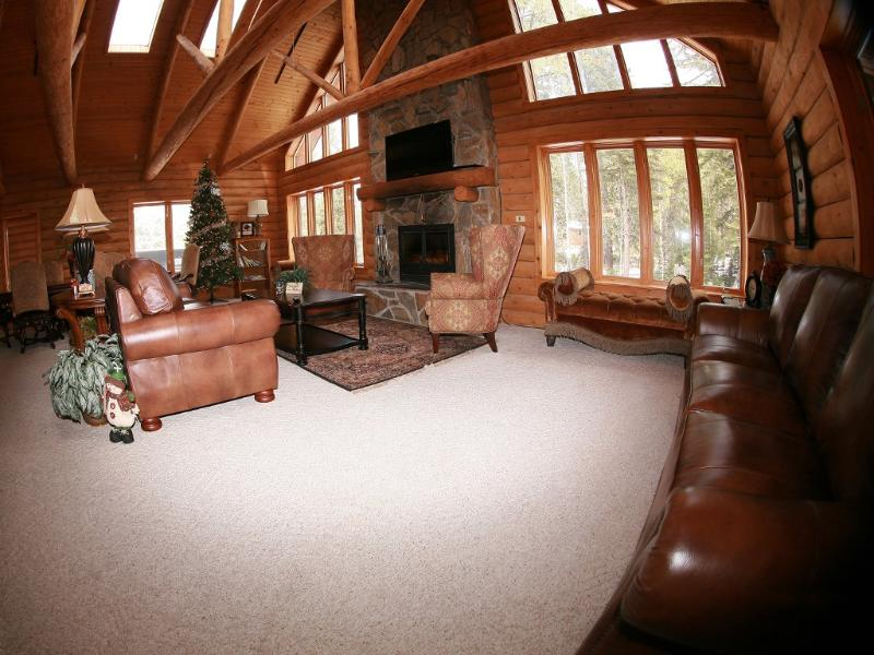 Spacious Cabin that is Located by Atv Trails - Image 1 - Lead - rentals