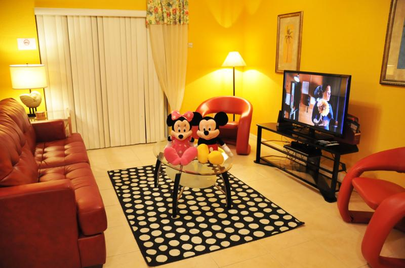 Pet-Friendly Coral Cay Resort 4 Bedroom Townhouse - Image 1 - Kissimmee - rentals