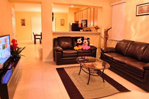 Spacious Living Room - Paradise Cay - Beautiful Vacation Home, only 4 miles to Disney - Kissimmee - rentals