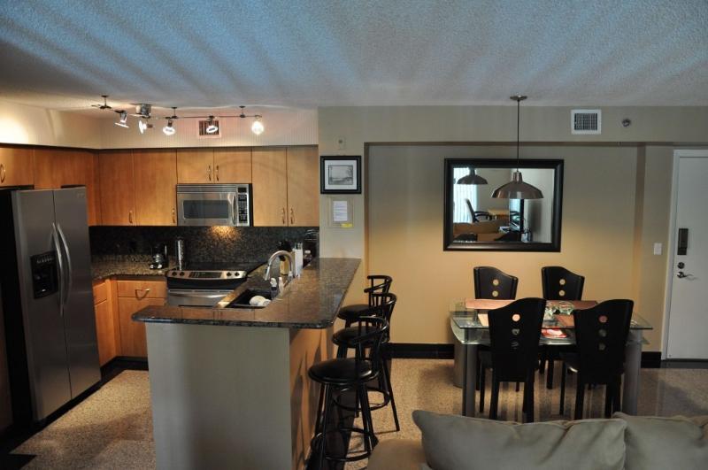 Full kitchen + dining area - Aventura Apartment Pool View - WIFI - Sunny Isles Beach - rentals