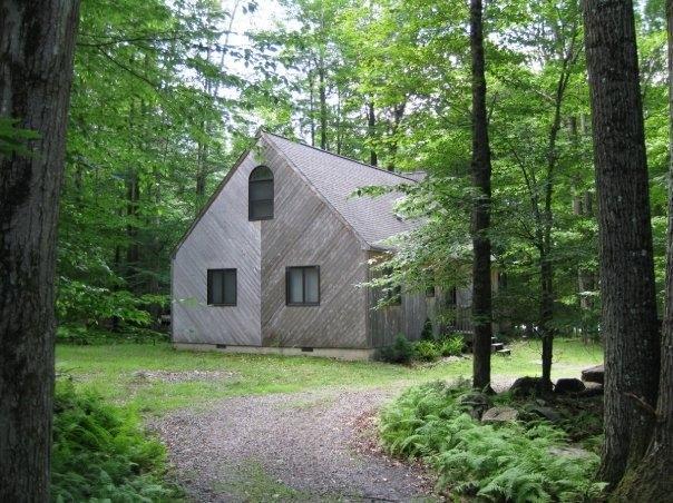 Enjoy the wooded privacy of the Chalet - INCREDIBLE WATERVIEW POCONOS VACATION RENTAL - Pocono Lake - rentals