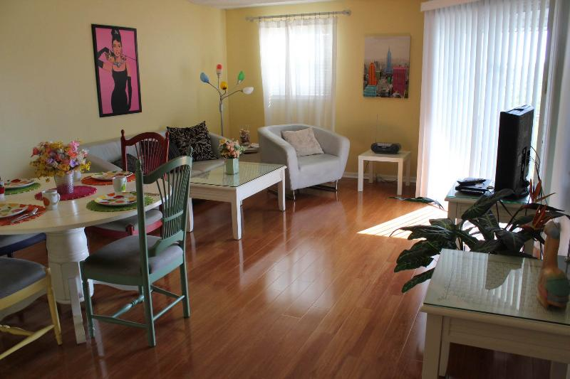 Living room - Sandy Pointe #205 - Holmes Beach - rentals