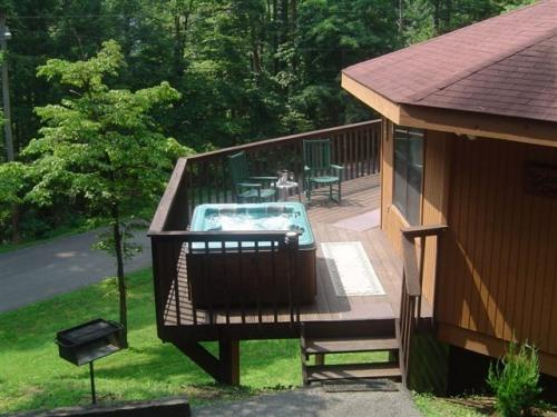 ONLY  89- 98  per night and NO HIDDEN FEES WOW! - Image 1 - Gatlinburg - rentals