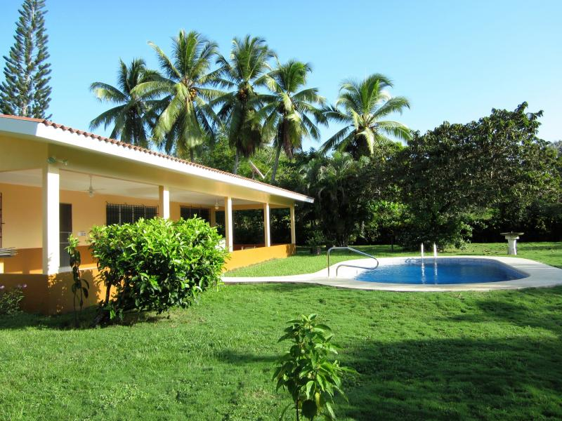 Private Beach Home With Swimming Pool Sleeps 10 - Image 1 - Farallon - rentals
