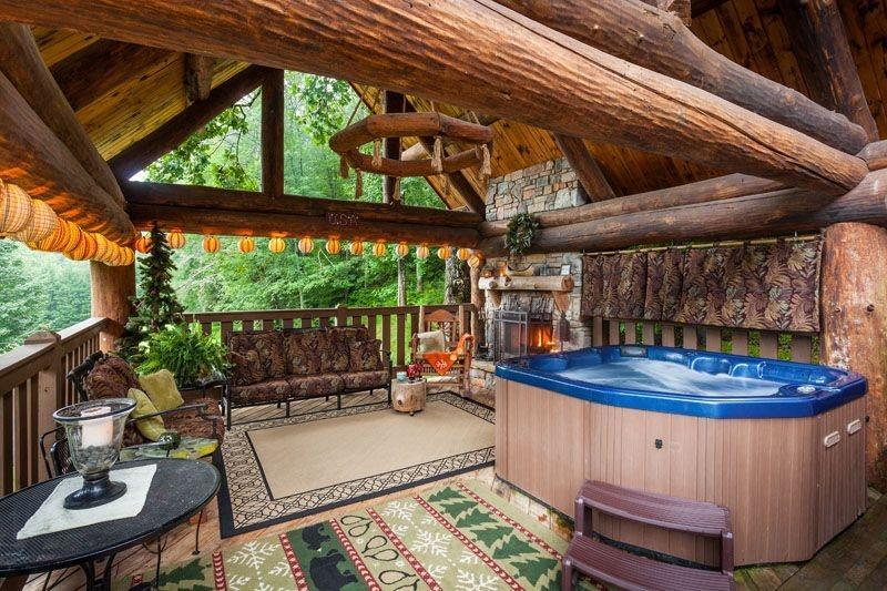 Yogi's Hideaway - Stunning Cabin, Hiking & Tennis - Image 1 - Ellijay - rentals