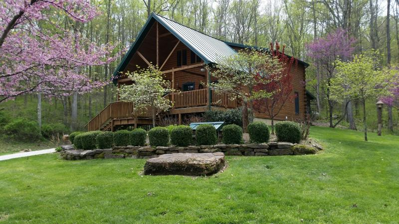 Spring 2015 - Wise Old Owl Cabin French Lick near Polar Express - Taswell - rentals