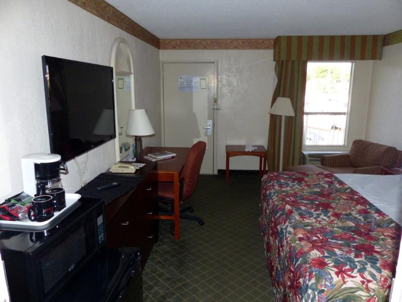 Sarasota Deluxe King Waterfront Suite - Image 1 - Sarasota - rentals