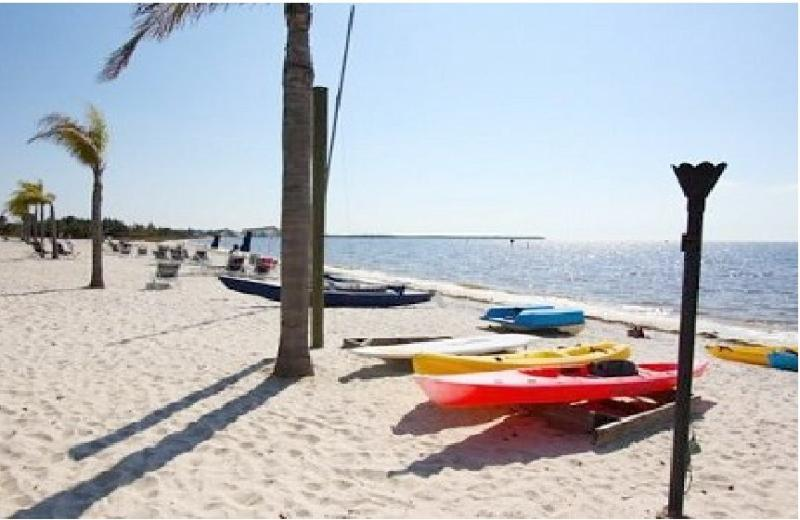 Waterfront 2 bedroom 1.5 bath Town House Suite at private community beach. - Private Beach Luxury  home,private beach,Tampa Bay - Ruskin - rentals