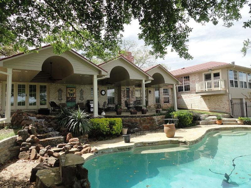 4400 Sq Ft 5/5 Retreat on a Park W/Pool, Huge Bar - Image 1 - Rowlett - rentals
