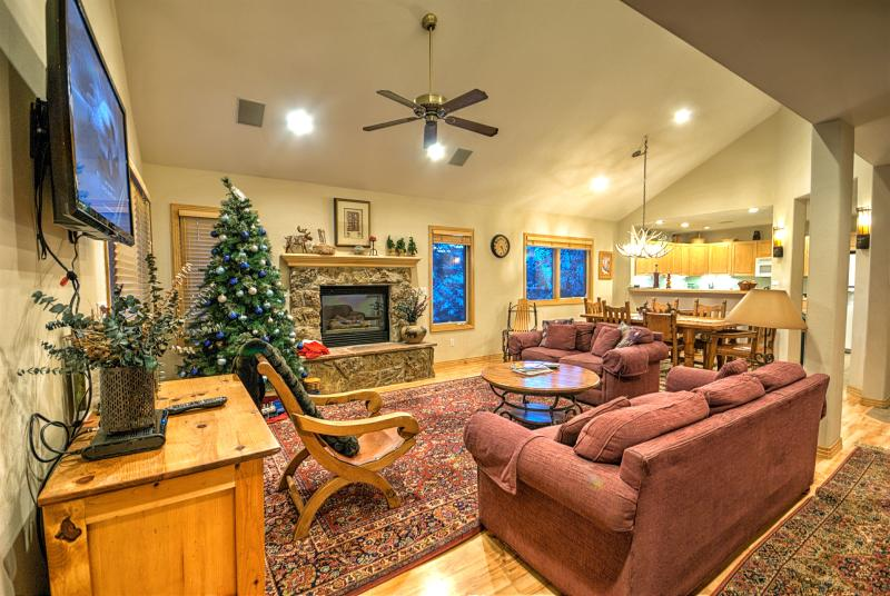 Amazing Ski House! - Image 1 - Steamboat Springs - rentals