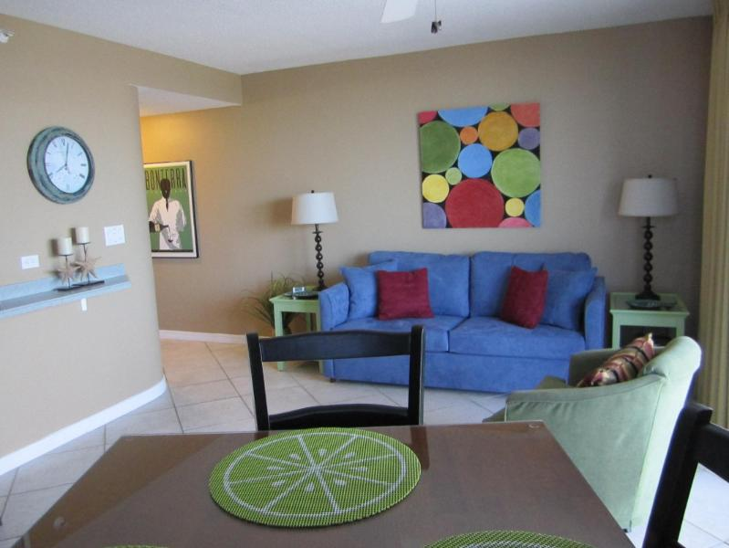 Living Room w/Queen Sleeper Sofa - November 19 check-in  499/wk. - Fort Walton Beach - rentals
