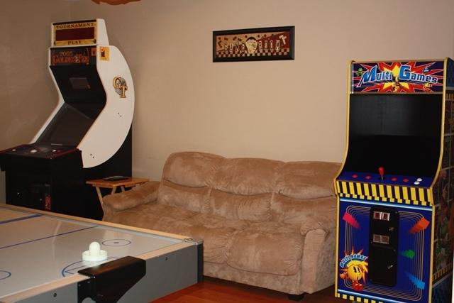 "Game room w/ 37"" HDTV, Air hockey table, Golden Tee game & 48-Multi Arcade game - Hot Tub,Arcade Games,Pool Table,FirePit-4BD+Crib-Sleeps 12 - Pocono Lake - rentals"
